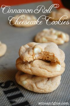 Cinnamon Roll Cheesecake Cookies that taste like they came from a bakery, but they have only a few ingredients and come together super easily! via www.wineandglue.com