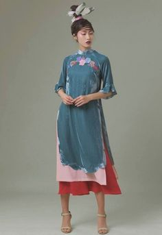 Oriental Fashion, Western Dresses, Inspired Outfits, Ao Dai, Pattern Fashion, Poses, Traditional, Costumes, Mua Sắm