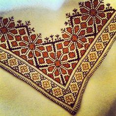 Blackwork Embroidery, Cross Stitch Embroidery, Embroidery Patterns, Hand Embroidery, Sewing Patterns, Palestinian Embroidery, Adobe Illustrator Tutorials, Tapestry Crochet, Fabric Storage