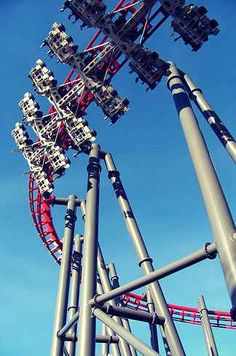 11 Amusement Rides You Must Go On Before You Die