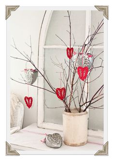 Valentine tree from rusty hinge