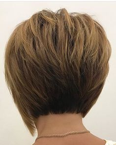 short bob hairstyles with bangs 4 perfect ideas for you short layered bob cuts 50 short layered haircuts trending in … Choppy Bob Hairstyles, Short Hairstyles For Thick Hair, Haircut For Thick Hair, Short Hair With Layers, Short Bob Haircuts, Short Hair Cuts, Short Hair Styles, Layered Hairstyles, Trending Hairstyles