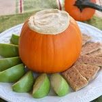 Pumpkin Fluff Dip... yummy with graham crackers and apples