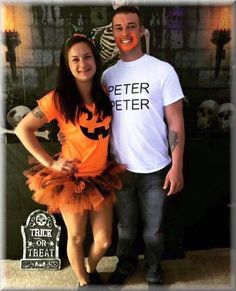 Funny, easy and creative diy halloween costumes for couples 2019 1 - www. hallowen costumes , Funny, easy and creative diy halloween costumes for couples 2019 1 - www. Funny, easy and creative diy halloween costumes for couples 2019 Diy Funny Halloween Costumes, Halloween Puns, Funny Couple Halloween Costumes, Best Couples Costumes, Hallowen Costume, Theme Halloween, Halloween Outfits, Diy Costumes, Group Halloween