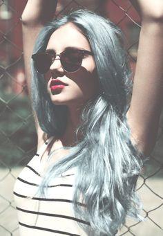 blue-fahsion-girl-grunge-Favim.com-2000379.jpg (500×723)