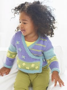 Nordic Kimono, free pattern from Caron Yarns. Sweet little knit kimono with flower and butterfly embroidery, for girls age 2 - 6 years. Knitting Patterns Free, Knit Patterns, Free Pattern, Pattern Ideas, Arm Knitting, Knitting For Kids, Girls Sweaters, Baby Sweaters, Kimono Pattern