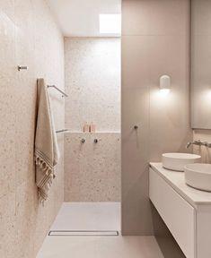 Bad Inspiration, Bathroom Inspiration, Modern Bathroom, Small Bathroom, Bathroom Pink, Reece Bathroom, Bathroom Renos, Shiplap Bathroom, Bathroom Ideas