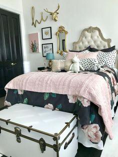 Black Gold Bedroom Emily Merritt girls bedroom by Chanel Taylor designs Girls Bedroom, Bedroom Black, Bedroom Decor, Bedroom Ideas, Girl Rooms, Bedroom Designs, Bedroom Furniture, Pb Teen Rooms, Teal Teen Bedrooms