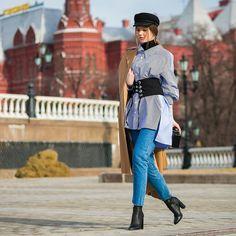 いいね!1,217件、コメント4件 ― Style Sight WorldWideさん(@stylesightworldwide)のInstagramアカウント: 「#mercedesbenzfashionweekrussia | @styledumonde @voguemagazine #streetstyle #fashion #blogger…」