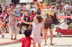 Bubblepalooza! - A part of All Summer Long at the Long Center with a special appearance by ERTH's DInosaur Petting Zoo's T-Rex     6/14 8-3