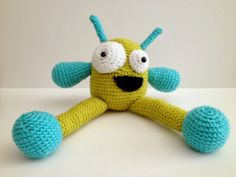 This Lovely Life: Crochet Monster; link to pattern