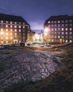Our calm and fancy hood here in Etu-Töölö. . . . . . . . . #sonyimages #sonya7ii #featureshotz #igerscz #helsinki #suomi #finland #sonyjako #töölö #etutöölö #hood #neighborhood #longexposure Helsinki Things To Do, Helsinki Airport, Visit Helsinki, Time Travel, Cool Pictures, Northern Lights, Places To Visit, Heaven, Mansions