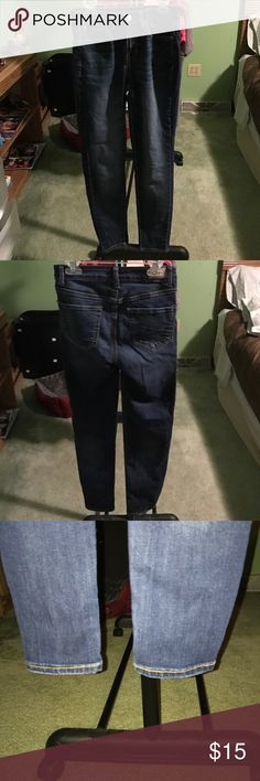 Aeropostale High Waisted Jegging -Size 0 Short -these have been loved but they are still in decent condition -make me an offer -10% off bundles of 2 or more Aeropostale Jeans Skinny