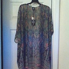 Bobeau Kimono New with tags!!!! Flowy and forgiving kimono in colors of green, teal and  burnt orange. Beautiful boho look for lounging by the pool or stepping out on the town. Size xl bobeau Tops Blouses