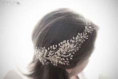 tocado novia lateral frondoso Band, Accessories, Fashion, Boyfriends, Girls, Bridal Headpieces, Hand Made, Weddings, Chic