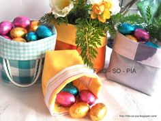 filo-so-pia: Cestini di stoffa Creations, Table Decorations, Sewing, Crafts, Couture, Fabric Basket, Recycled Materials, Crochet Buttons, Hampers