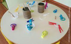 Laura Estremera, actividades para el primer ciclo de educación infantil: ¿Qué es una provocación?, ¿para qué sirve? Triangle, Classroom, Activities, Games, Kids, Sensory Activities, Pranks, Sun, Activities For Babies