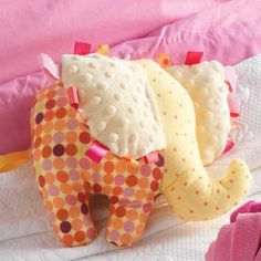 Does it get any sweeter than this? Free patterns for the wee little ones.