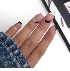 80 Awesome Minimalist Nail Art Ideas - Beauty Home Cute Acrylic Nails, Matte Nails, Pink Nails, Neon Nails, Stylish Nails, Trendy Nails, Cute Short Nails, Nail Manicure, Nail Polish