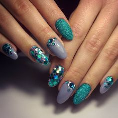 Mermaid inspo nails