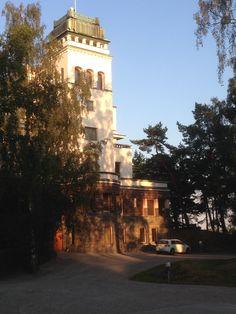 Aarnio-Wihurin pääkonttori Helsinki, San Francisco Ferry, Lakes, Finland, Mansions, House Styles, Building, Travel, Viajes