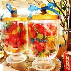 Instagram media soratane - イタリアの老舗「LEONE」のフルーツゼリージャーがとてもかわいい。かわいいだけでなく、天然の色素と果汁を使ったおいしいゼリーらしいですよ。欲しいな〜