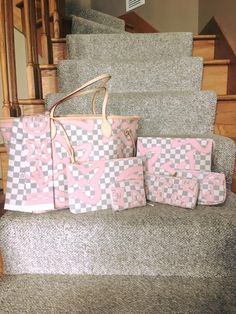 Louis Vuitton Tahitienne Collection - Neverfull, Pouches ❤ Owner: Val Someson (group member)