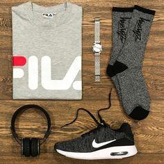 Stardust _ Featuring: Fila Nixon Stussy Nike Urbanears _ Disponibili in store e online su @graffitishop www.graffitishop.it _ Spectrum Store via Felice Casati 29 Milano / spectrumstore.com / tel. 39 02 67071408 / #spectrumstore #graffitishop #causeitsyourworld #streetwear #graffiti #milano #sneakers #sneaker #snapback #kicks #trainers #spectrum #casatiblock #outfit #fashionblogger #blogger