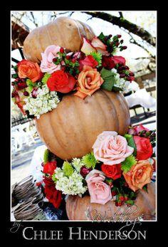 pumpkin arrangement | fall pumpkin centerpiece | fall wedding flowers | fall weddings | meridian ms wedding planner