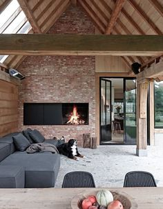 Cozy Corner Fireplace Design Ideas in the Living Room Future House, Exterior Design, Interior And Exterior, Living Divani, Living Room, Pool Houses, Design Case, Outdoor Rooms, Outdoor Living