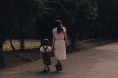 Spacial Composition and framing Ain't Them Bodies Saints, David Lowery, Fashion Backpack, White Dress, Vintage Fashion, Normcore, Style Inspiration, Couple Photos, Film
