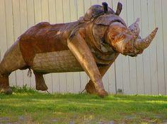 Discover Alpo Koivumäki Safari Park in Kauhajoki, Finland: Extraordinary animals sculpted from leftover junk. Safari, Outsider Art, Finland, Horses, Sculpture, Park, Animals, Southern, Google Search