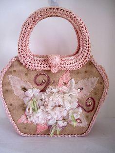 1950-60s Pink Raffia Summer handbag