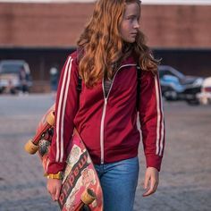 Stranger things season 2 mad max maxine red track jacket, nwt feel free to request a custom order at etsy shop supermamacraftystuff Stranger Things Max, Stranger Things Characters, Stranger Things Aesthetic, Stranger Things Netflix, Strange Things Season 2, Sadie Sink, Mad Max, Millie Bobby Brown, Robin