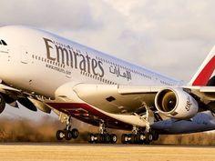 Η αεροπορική εταιρεία Emirates μείωσε το δυναμικό της κατά 10% λόγω της πανδημίας του νέου Emirates Airline, Emirates Flights, Airbus A380 Engine, A380 Aircraft, Boeing 747, Whatsapp Samsung, Drones, Ticket, Military Aircraft