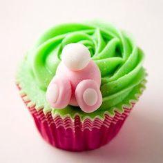 easter bunny cupcake by rosario