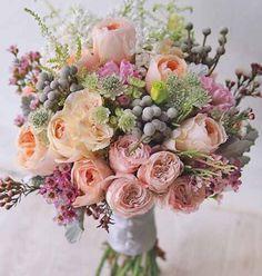 Trendy flowers bouquet wedding vintage Ideas wedding vintagewedding flowers is part of Vintage bridal bouquet - Vintage Bridal Bouquet, Bridal Flowers, Flower Bouquet Wedding, Floral Wedding, Beautiful Flowers, Wedding Vintage, Bouquet Flowers, Bride Bouquets, Floral Bouquets