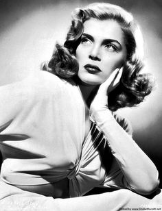 """lizabeth-scott: """"Lizabeth Scott in a publicity still for The Strange Love of Martha Ivers, 1946 """" Old Hollywood Actresses, Hollywood Icons, Classic Actresses, Old Hollywood Glamour, Golden Age Of Hollywood, Vintage Hollywood, Hollywood Stars, Classic Hollywood, Actors & Actresses"""