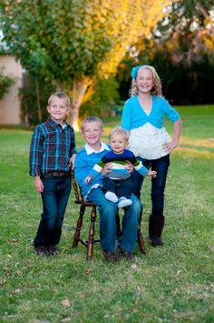 Children.  Bella Bean Photography www.facebook.com/bellabeanphotos #bellabeanphoto Families #familyportraits #whattowear #portraits #maternity #children #photos #kids #family #baby #weddings #engagements #farm #phoenix #kids #seniors #pose #bellabeanphoto
