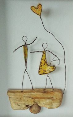 Wire Art: Driftwood, Wire & Paper...