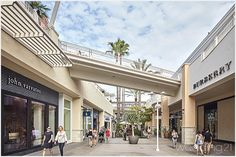 About Valley - A Shopping Center in San Diego, CA - A fashion valley - Fashion California Ca, Shopping Center, Fashion Fashion, San Diego, Outdoor Decor, Valley Center, Outfit, Jeans, Party