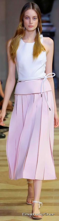 Carolina Herrera Spring Summer 2016 Ready-to-Wear