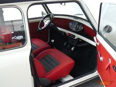 Auto BMC - MINI Shorting Break Mini Cooper Classic, Classic Mini, Classic Cars, Mini Copper, John Cooper Works, Car Upholstery, Automotive Photography, Vintage Cars, Automobile