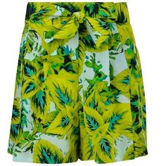 Roberto Cavalli Tropical Shorts (425 ILS) ❤ liked on Polyvore featuring shorts, loose fit shorts, loose shorts, roberto cavalli, silk shorts and tie-dye shorts