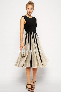A-Line/Princess Jewel Tea-length Chiffon Evening Dress
