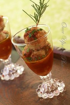 This is such a fun way to serve meatball appetizers; good party food or a starter at a casual dinner party.       This time I made tu...