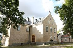 Suitialan linna. #siuntio #visitsouthcoastfinland #Finland Bucket List Destinations, Finland, Castles, My Dream, Medieval, Beautiful Pictures, Coast, Mansions, Future
