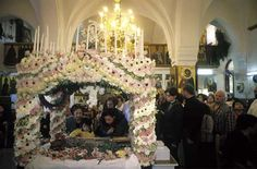 greece Cyprus Greece, Orthodox Easter, Greek Easter, Religious Art, Religion, Fair Grounds, Candles, Traditional