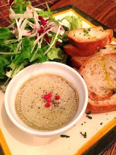 Bistro cosicosi❤︎ Today's Dinner❤︎ date❤︎2015.2  ⋈牡蠣とマッシュルームの クリームリゾット ⋈若鶏のレバーペースト  #ビストロコジコジ