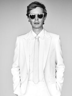 """Beck """"Wow"""" Press Shot. He looks like David Bowie in this photo."""